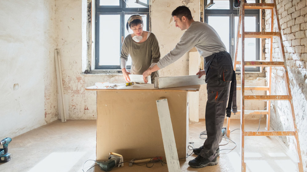 Couple-Working-On-Home-Project-033016.jpg